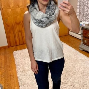Abercrombie and Fitch Knit Infinity Scarf